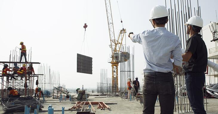 Project managers on jobsite – Are Project Managers Hurting Your Bottom Line? – Redpath
